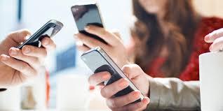 स्मार्टफोन यूजर्स में बढ़ोतरी के बावजूद 81फीसद भारतीय यूजर्स असंतुष्ट, ये है बड़ी वजह