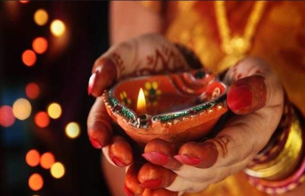 दिन भर करें खरीददारी क्योंकि दीपावली से पूर्व बेहद खास है ये नक्षत्र