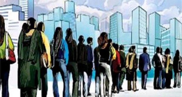 बेरोजगारी की वजह से राजनीति के बागी बन रहे युवा