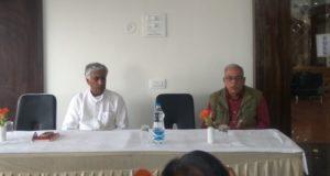 सरकार किसानों को शहर का मजदूर बनाना चाहती है : भंवर साहब